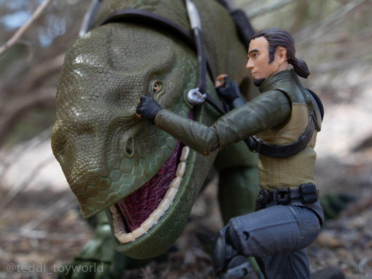 Kanan Jarrus encourages his dewback to keep going just a little longer